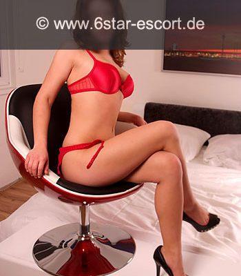 red lingerie escort hamburg